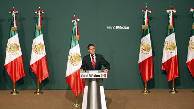 """'The Financial Times': """"Caso Iguala muestra el viejo México de corrupción e impunidad"""""""