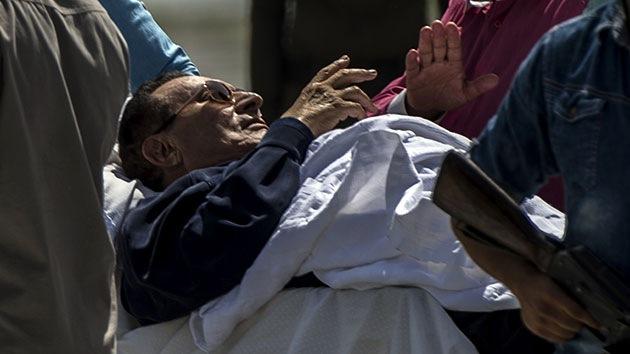 Tribunal egipcio absuelve al expresidente Hosni Mubarak de todos los cargos