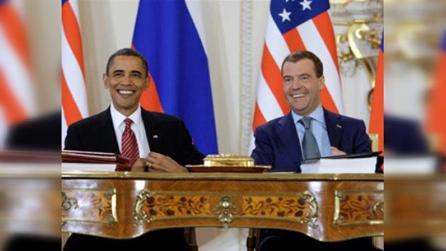 Medvédev y Obama han firmado el nuevo START