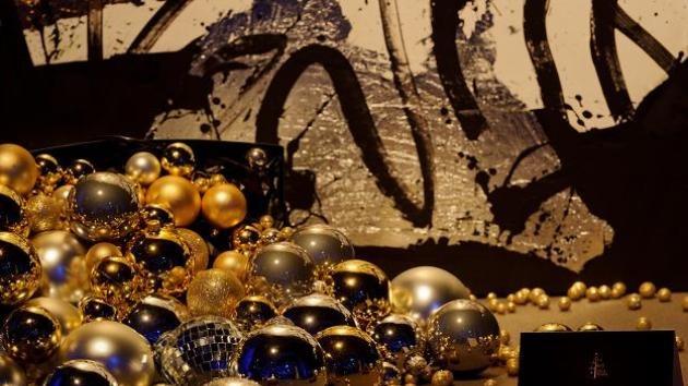 Árboles de Navidad de diseño: Subastan abetos personalizados con fines benéficos