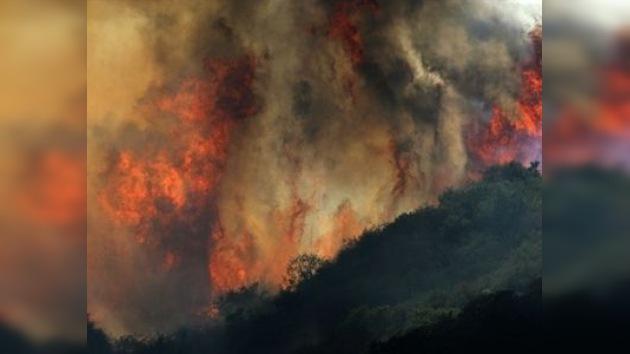 El gobernador de Texas declara la situación crítica debido a incendios de gran escala