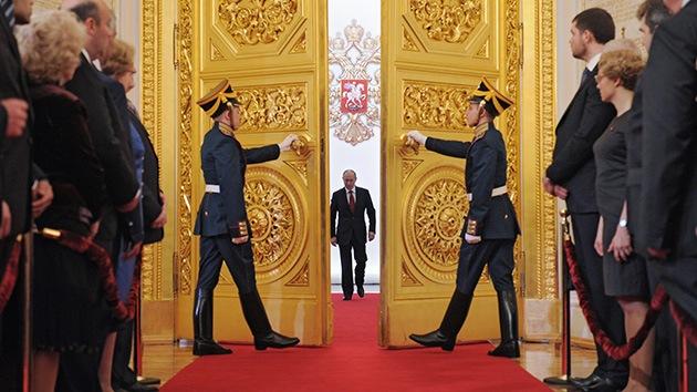 Vladímir Putin jura su cargo como presidente de Rusia