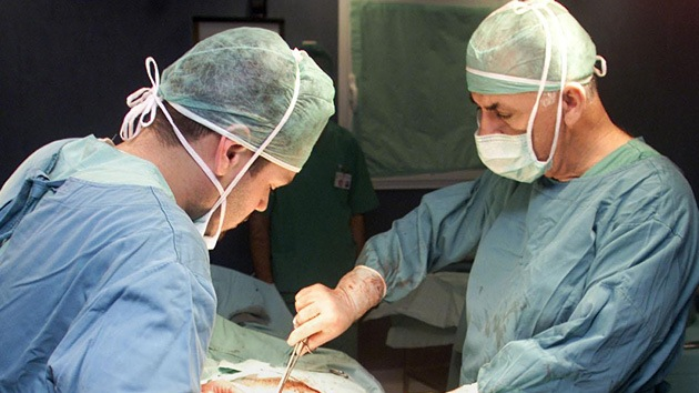 Italia: Acusan a un grupo de médicos de realizar experimentos en pacientes