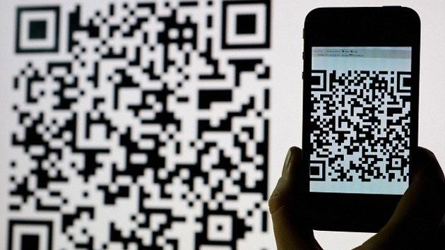 El móvil le 'roba' la tarjeta al cajero automático