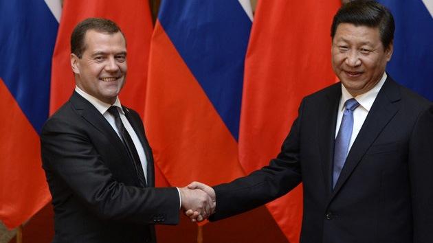 Rusia aumenta el suministro de petróleo a China