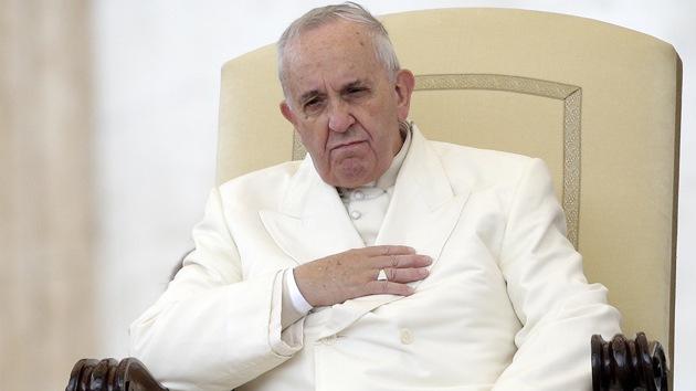 """Francisco: """"La disuasión nuclear ya no es una doctrina justificable"""""""