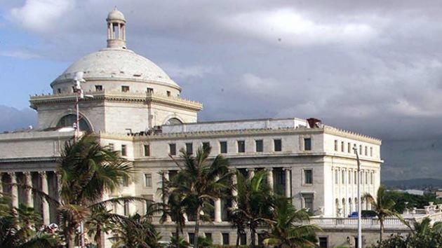 La legalización del cannabis y la prostitución 'seduce' a Puerto Rico para salir de la crisis