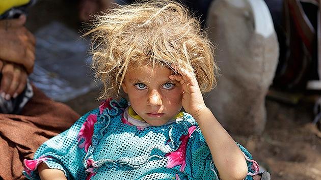 Niños yazidíes sobreviven al cerco del Estado Islámico bebiendo sangre de sus padres