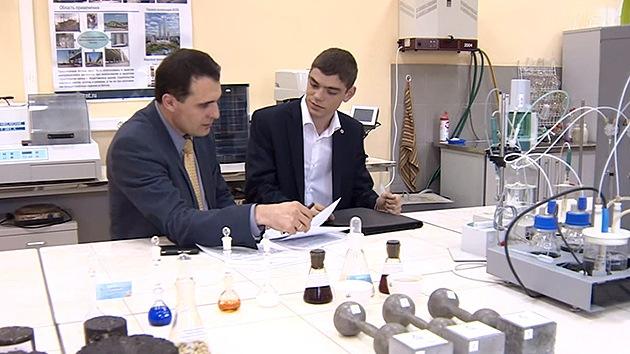 Joven talento ruso: un estudiante, asesor del Centro de Nanotecnología de Moscú