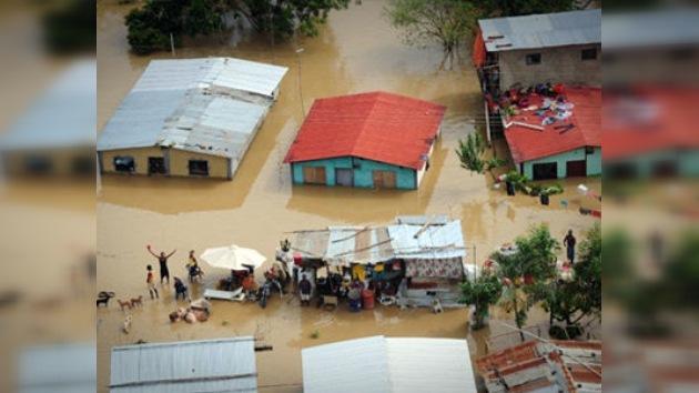 Las lluvias cobran más de 200 vidas en Venezuela y Colombia