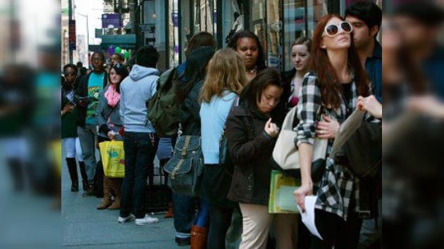 Jóvenes estadounidenses: atrapados entre desempleo y deudas estudiantiles