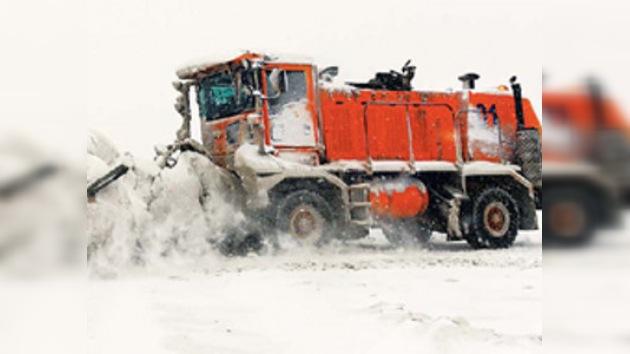 Batalla contra la nieve en China