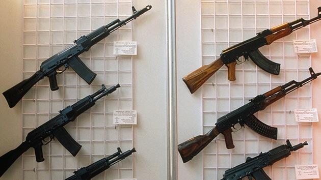 Kaláshnikov cede gratis los derechos de su valiosa marca a un nuevo productor de armas