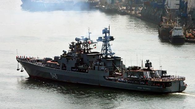 Buques de guerra rusos atracan en Corea del Sur