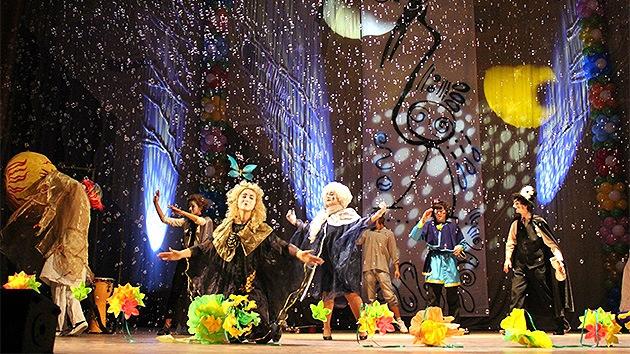 Rusia debuta en el Festival Internacional de Teatro Universitario de Granada