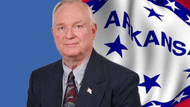 Un legislador republicano esclavista acusa a los demócratas de manipular como los nazis