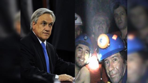 """Piñera: """"Espero poder rescatar a los mineros antes de mi viaje a Europa"""""""