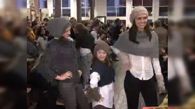 La cantante Jimena monta un desfile de moda con niñas con Síndrome de Down