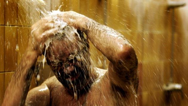 Inventan aerosol que elimina el mal olor corporal y la suciedad sin pasar por la ducha