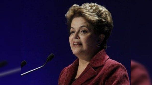 Tras un año de Presidencia, la popularidad de Dilma Rousseff supera la de Lula