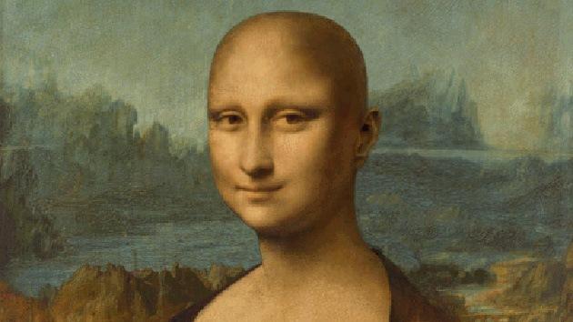 La Mona Lisa 'se corta el pelo' en Italia en solidaridad con los enfermos de cáncer