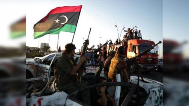 Los soldados del CNT entran en Beni Walid