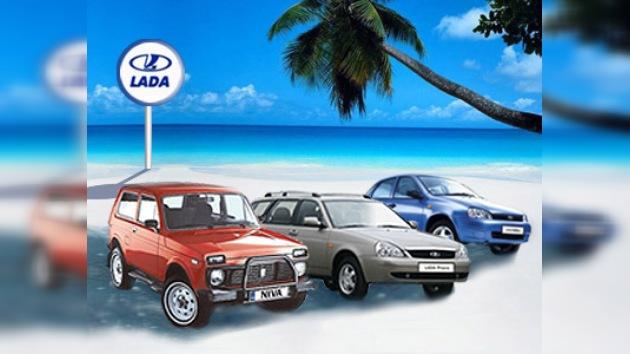Venezuela aprueba permisos para importar 5.000 vehículos rusos