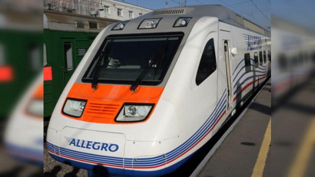 Rusia lanza el tren de alta velocidad a Finlandia