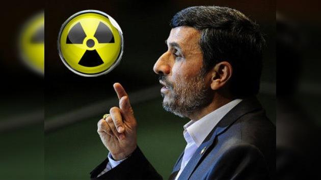 Ahmadineyad: El mundo entero no impedirá que Irán prosiga con su programa nuclear