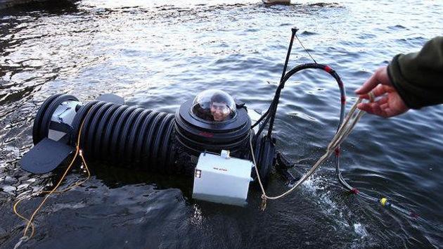 Un joven de 18 años se hace un submarino