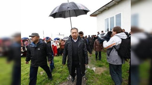 El nuevo gobierno kirguiso trata de ilegalizar al presidente