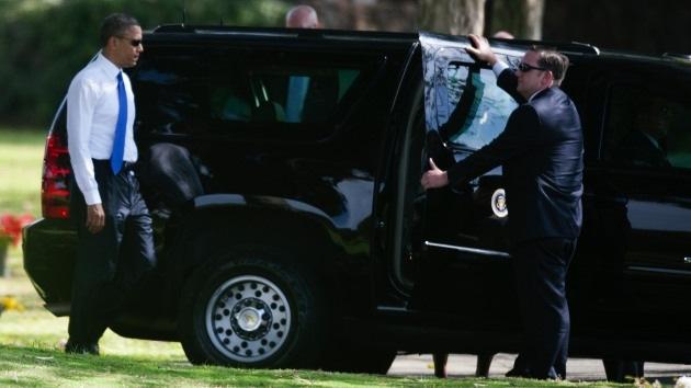Obama interrumpe sus vacaciones intentando evitar el 'abismo fiscal'