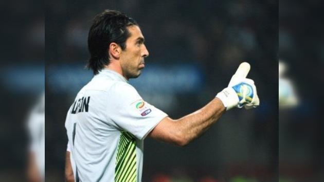 Gianluigi Buffon, elegido mejor portero del siglo XXI