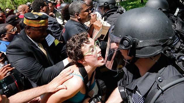EE.UU.: Más de 100 detenidos en las protestas contra McDonald's por bajos salarios