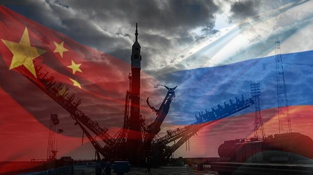 """Rusia está dispuesta a explorar el Marte """"codo a codo"""" con China"""