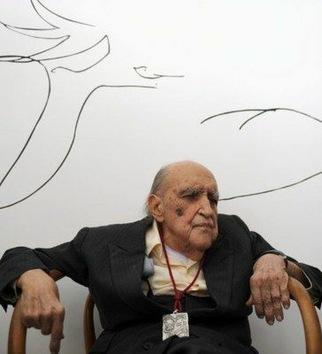 El arquitecto Oscar Niemeyer cumple 104 años