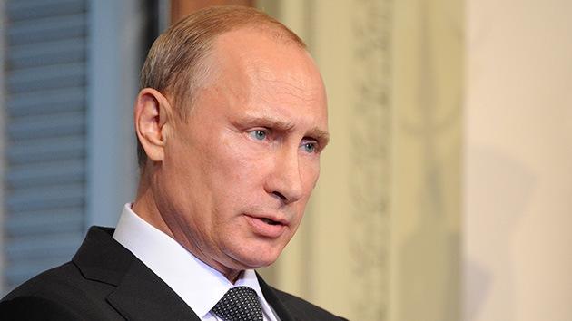 """Putin: """"Se debe garantizar la seguridad de los expertos que trabajan en el lugar del siniestro del MH17"""""""