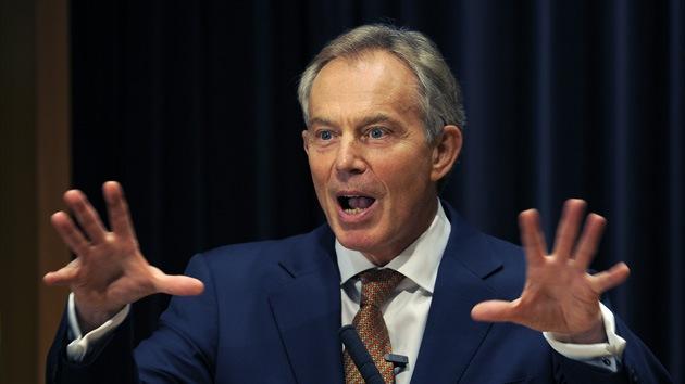 Tony Blair: hacer frente a la crisis puede quebrantar la UE