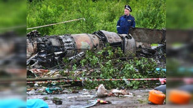 Testigos de la catástrofe aérea en Rusia: El avión caía como una enorme bola de fuego