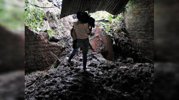 Salvador pide ayuda internacional con el agua al cuello