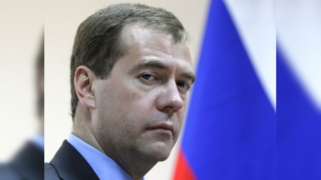 Medvédev pide simplificar y clarificar las leyes migratorias