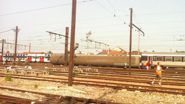 Al menos siete muertos por el descarrilamiento de un tren en Francia
