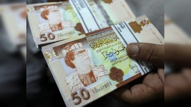 EE.UU. levanta las sanciones contra Libia en busca del apoyo del CNT