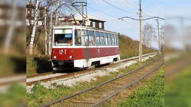 Adolescente ruso roba un tranvía