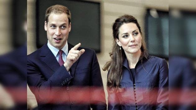 ¿Creará tendencia el príncipe Guillermo con su negativa a usar anillo de boda ?