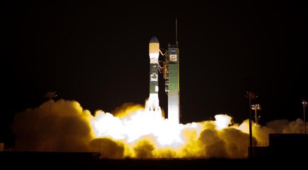 La NASA 'compra' naves espaciales a empresas privadas por 1.100 millones de dólares