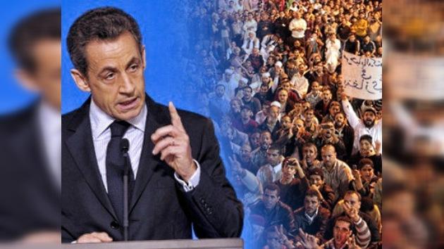 Francia carga el 'arma humanitaria' contra Siria