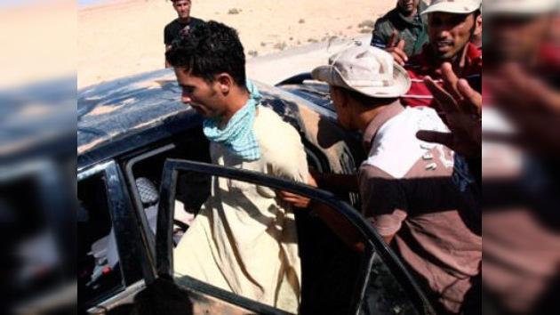 Tropas de Gaddafi apresan a 17 mercenarios extranjeros