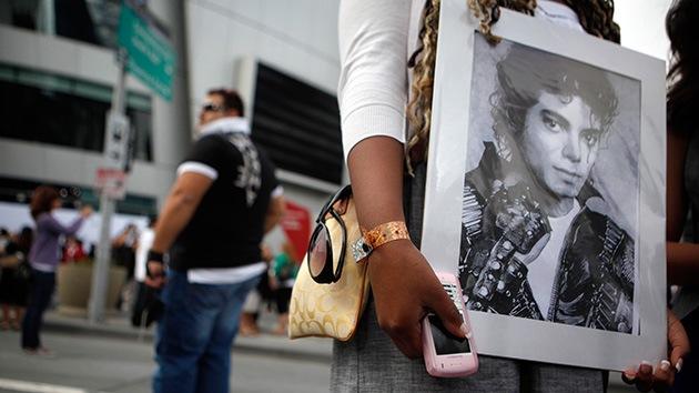 Cinco fans de Michael Jackson reciben una indemnización por su muerte