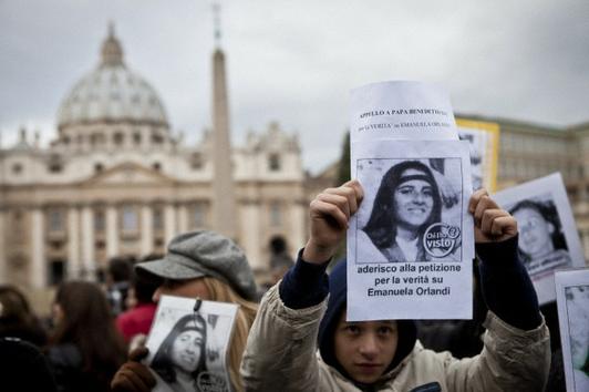 Los activistas exigen saber la verdad sobre la desaparición de Emanuela Orlandi.